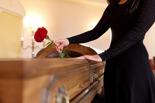 cercueil traditionnel